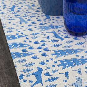 Country Fox Table Runner Blue