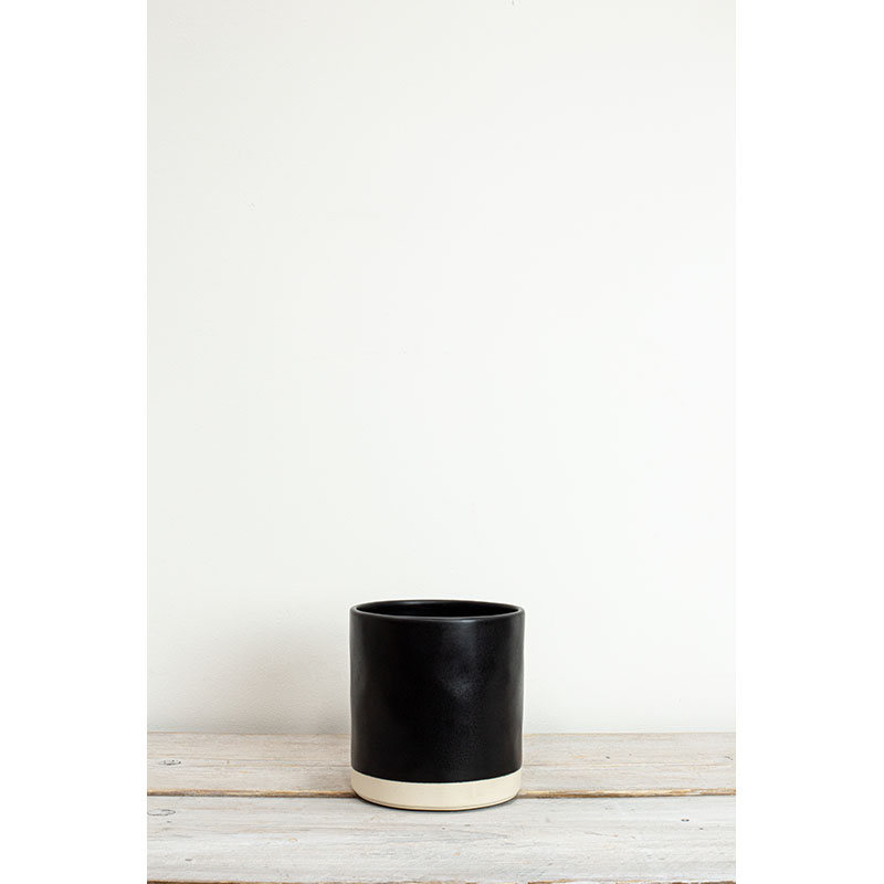 Kasvi Black Large Plant Pot 15x14cm