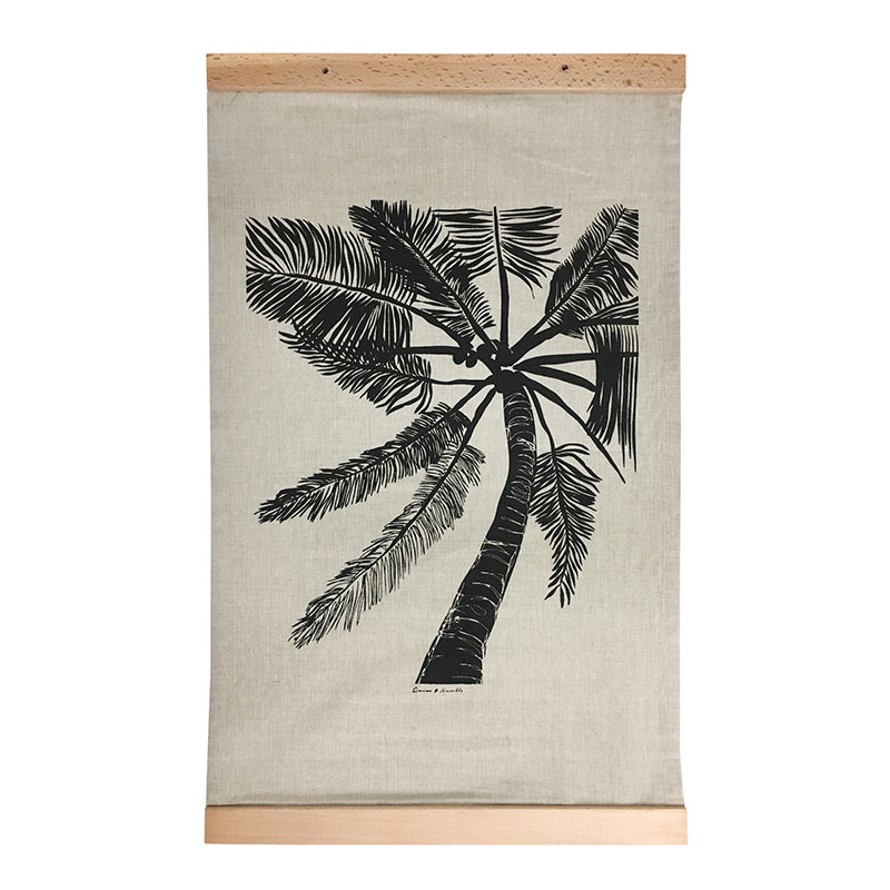 Double Palm Crossed Wallhanging